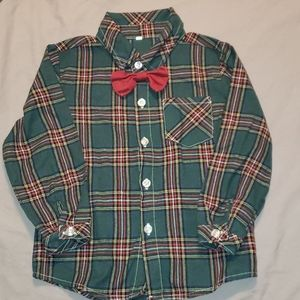 Green/Red Button down bowtie shirt and pants 3/4t